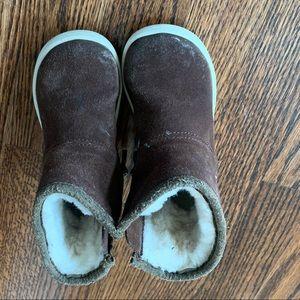 Ugh Rye boot walker/ toddler